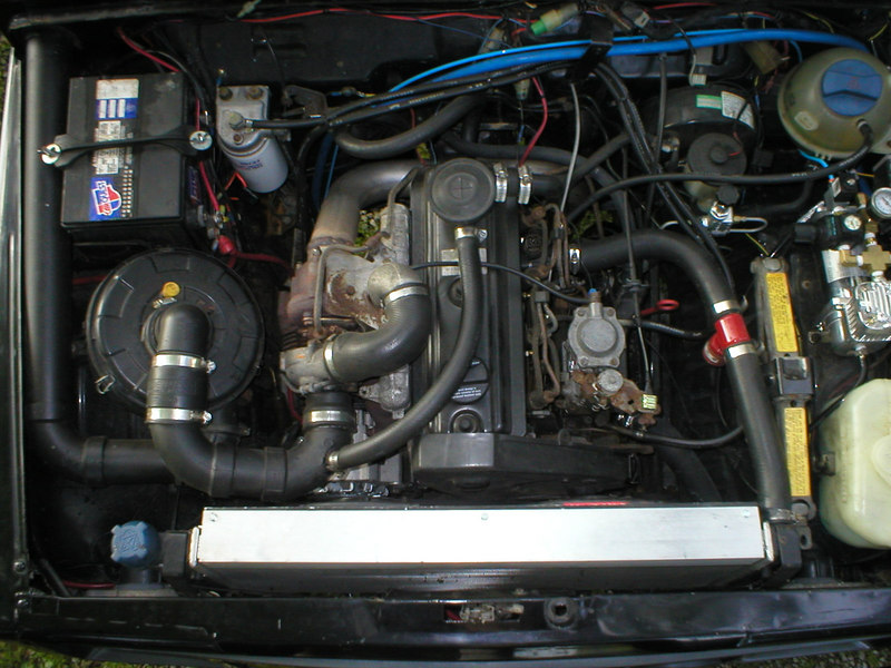 Here is the 92 Jetta 1.9l Turbo Diesel engine in the bay all wired,